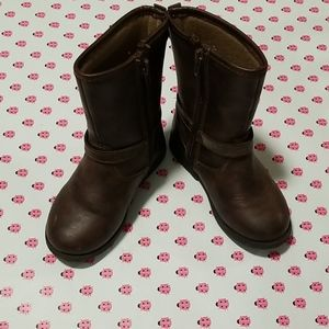 Carters, girls size 8, boots